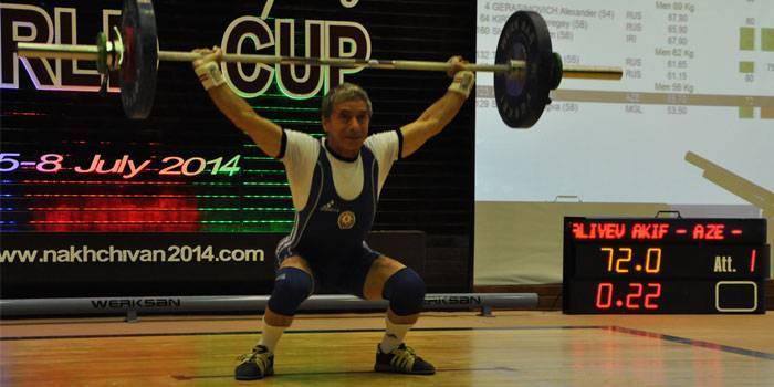 akif aliyev 72